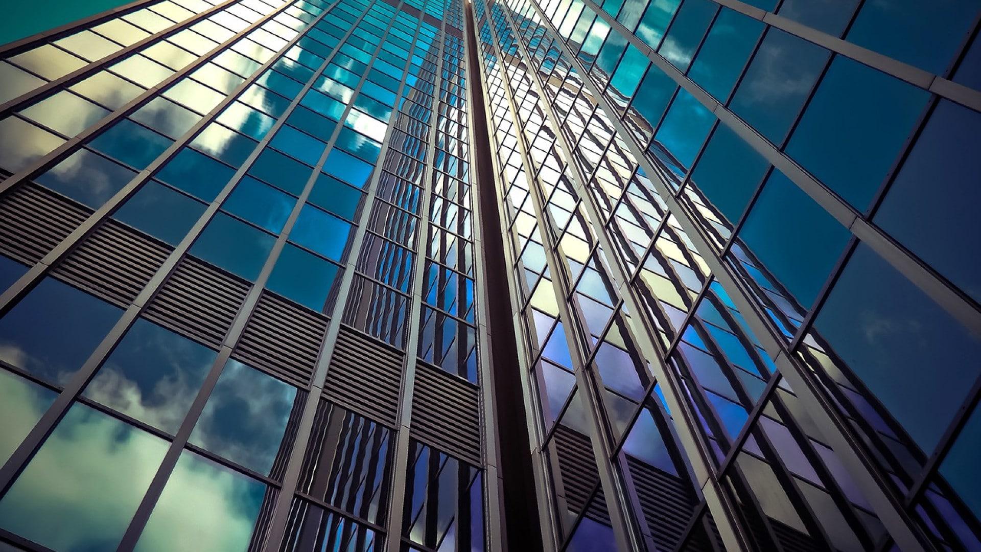 Pourquoi investir dans une SCPI plutôt que dans l'immobilier en dur ?