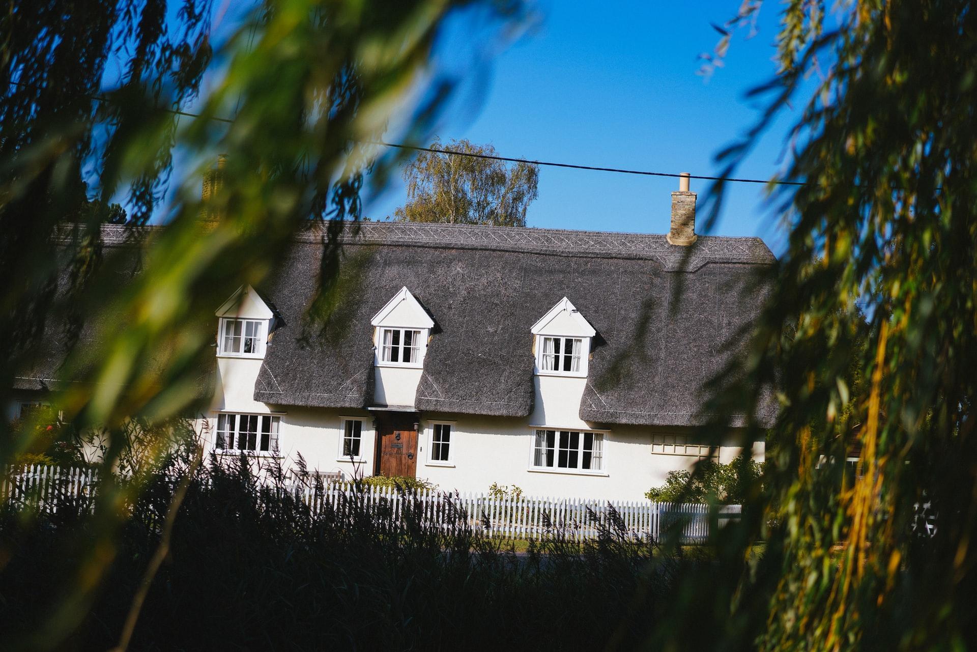 Que doit contenir un mandat d'agence immobilière ?