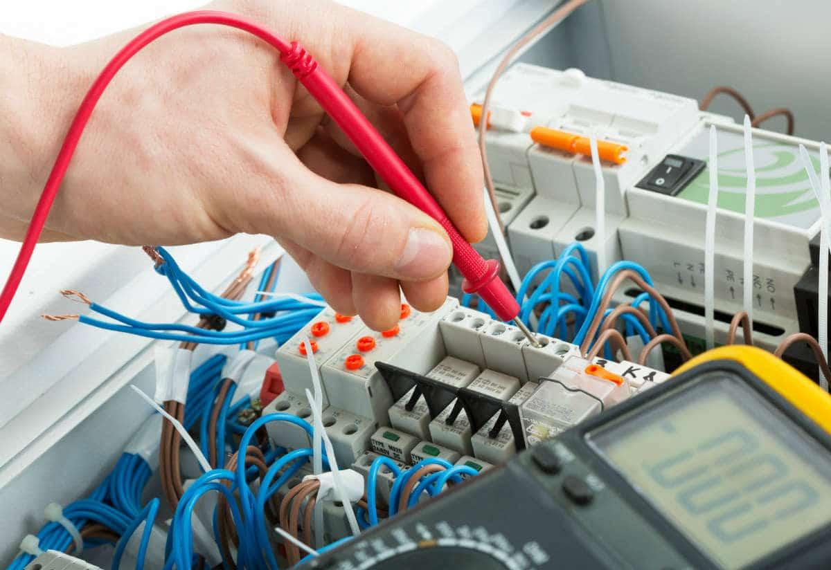 Comment bien réussir son installation électrique ?