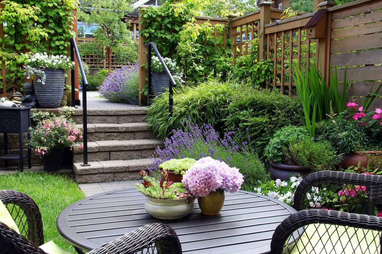 Garden staging : le petit plus pour bien vendre votre maison